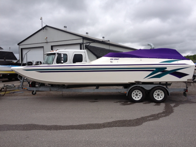 2000 Eliminator 25 Daytona: SOLD
