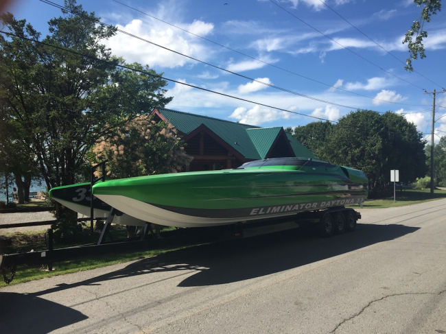 1999 Eliminator 33 Daytona: Refurbished